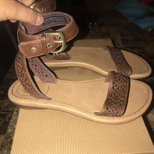 Ugg sandals New with box